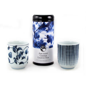 Blue and White Pattern Green Tea and Teacups Gift Set